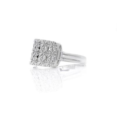 """Sterling Silver """"The Princess"""" Style Mary Kay Ring"""